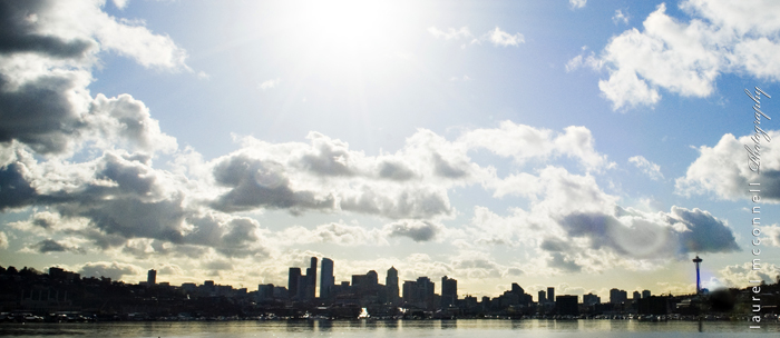 downtown-seattle-skyline-on-a-sunny-day