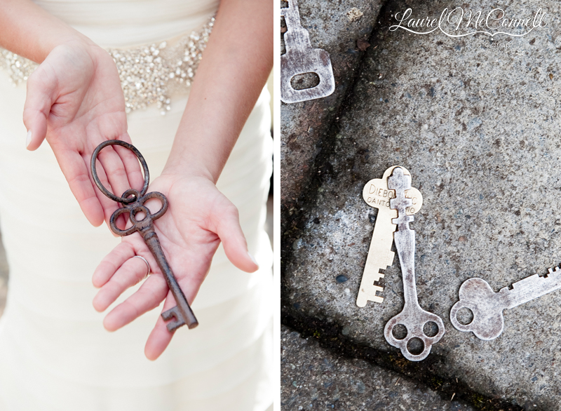 keys are the theme for this wedding's decor
