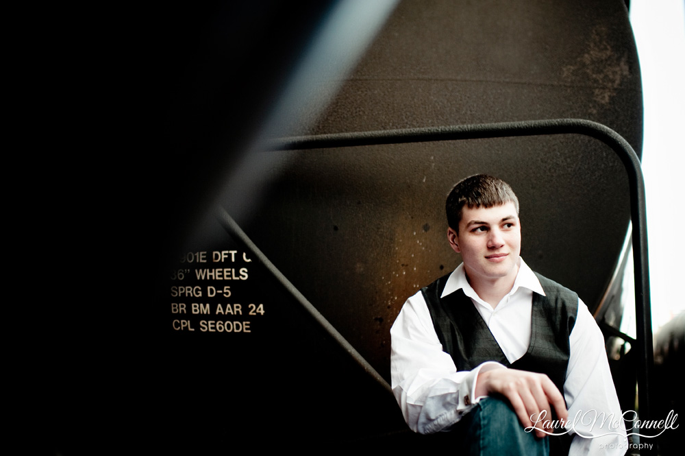 Senior session in Seattle Sodo neighborhood by photographer Laurel McConnell.