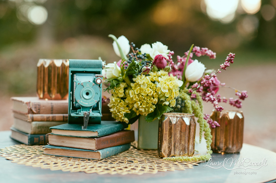 teal and gold vintage themed wedding decor