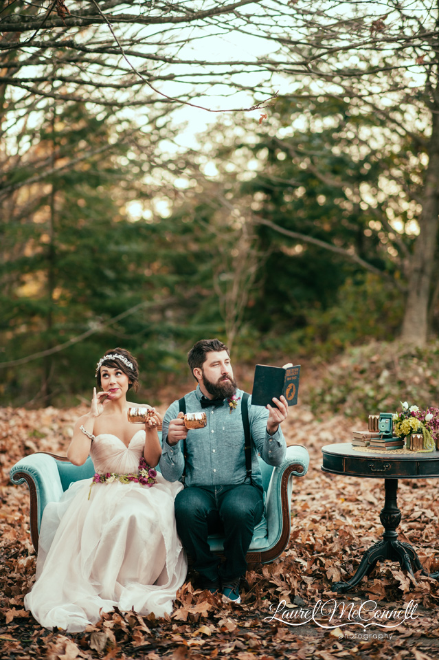 bride groom vintage couch hot cocoa