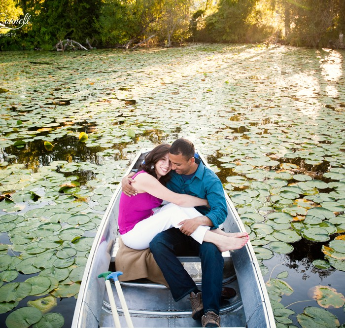 Sunshine, Smiles, and Lily Pads Galore :: Seattle Engagement Photography