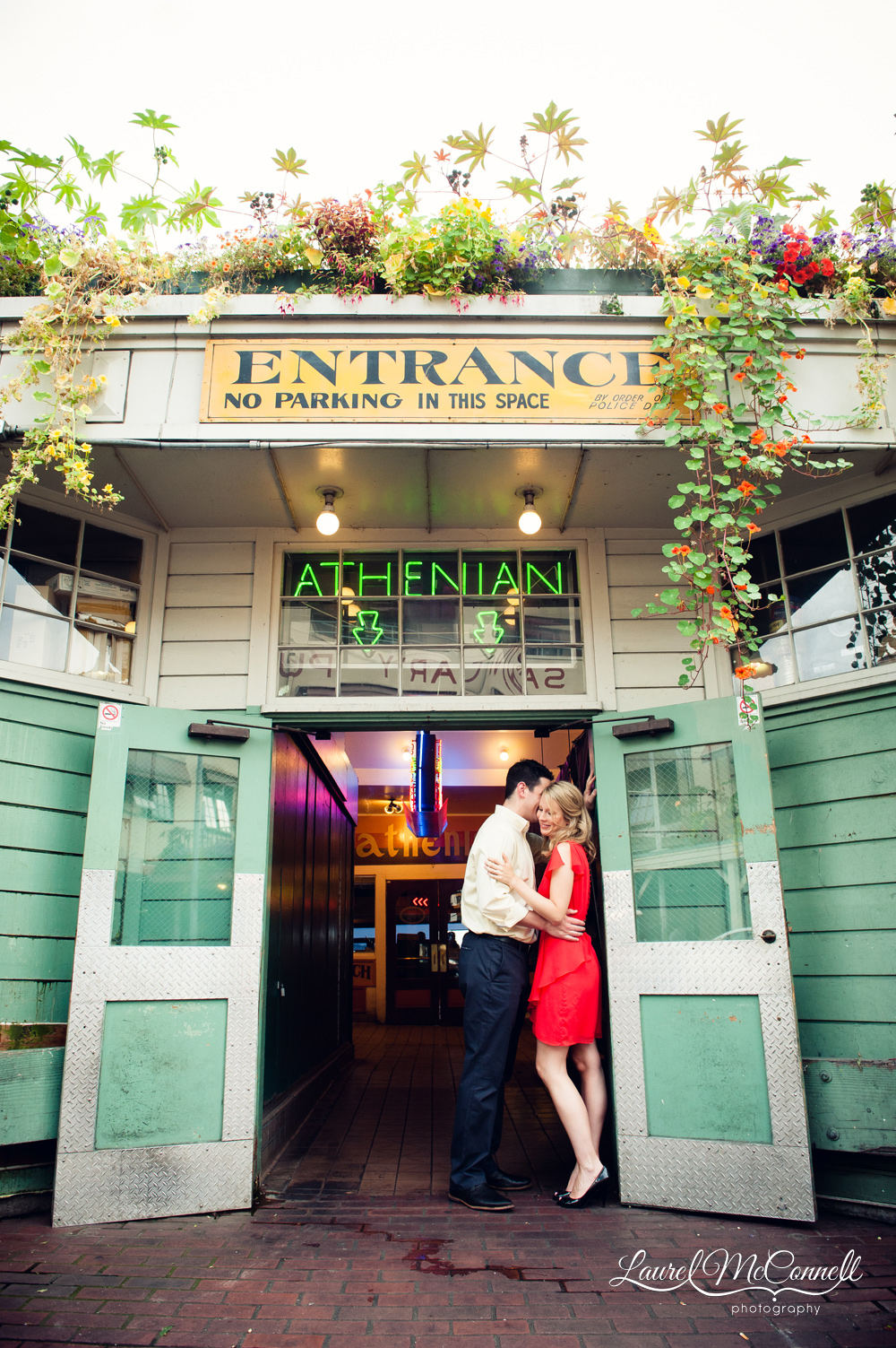 Seattle engagement session at the Pike Place Market.