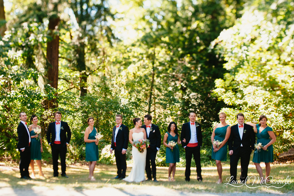 Turquoise, orange, coral, pale green, wedding bridal party Seattle photographer Laurel McConnell Photography.