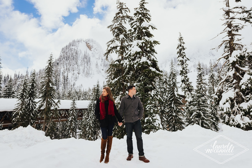 couple_holding_hands_in_snow