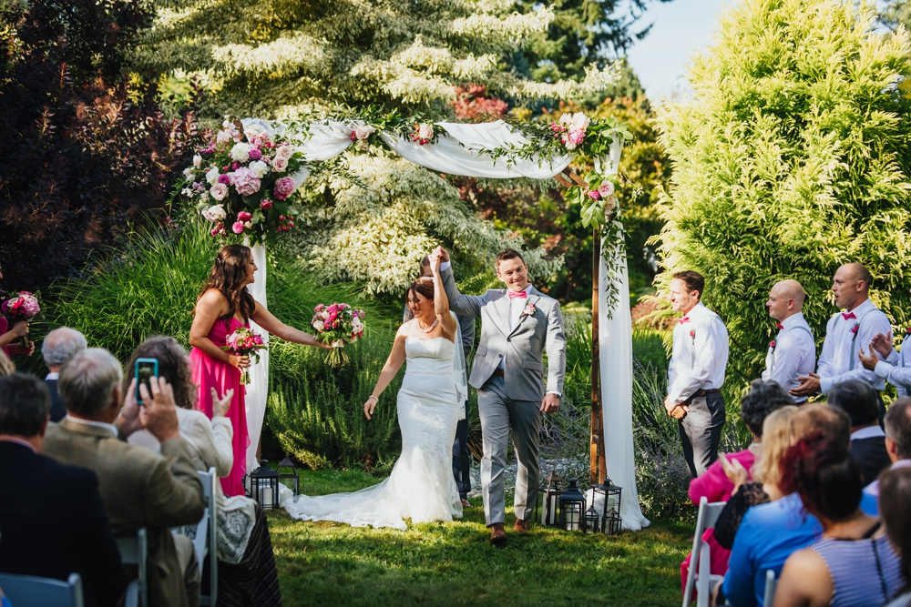 wedding_ceremony_froggsong_gardens